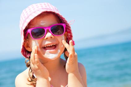 8 consejos para proteger a los niños del sol